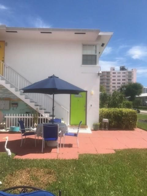Additional photo for property listing at 2855 NE 30 Street 2855 NE 30 Street Fort Lauderdale, Florida 33306 United States