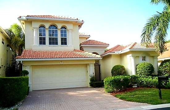 709 Voyager Lane , Palm Beach Gardens FL 33410 is listed for sale as MLS Listing RX-10344105 17 photos