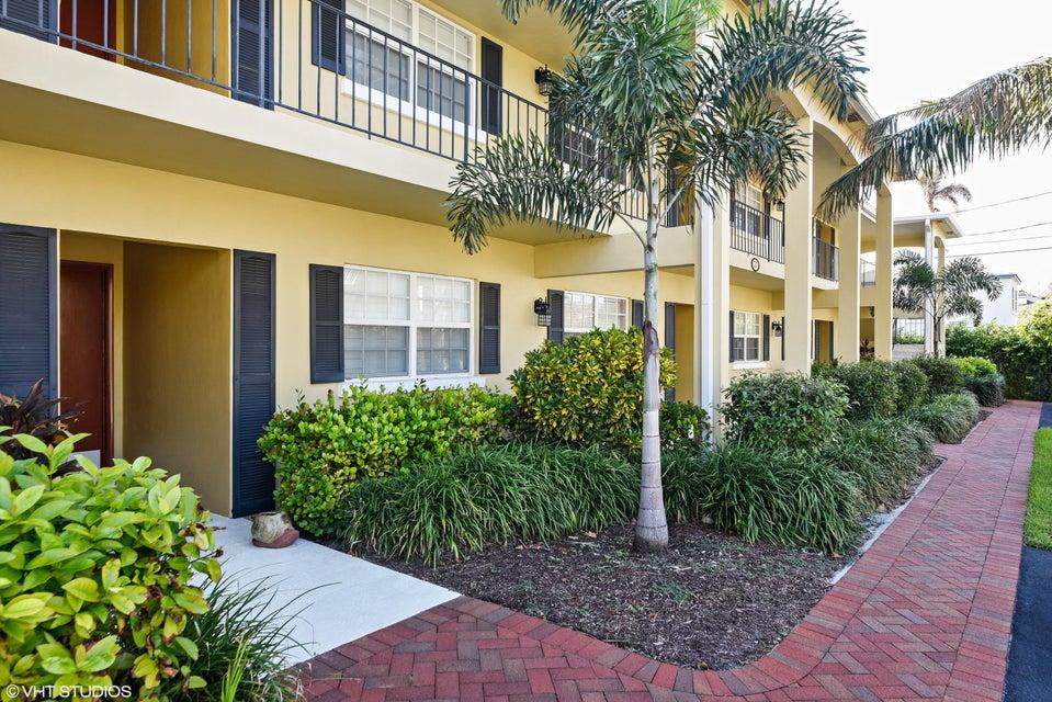 Co-op / Condo for Sale at 217 Gleason Street 217 Gleason Street Delray Beach, Florida 33483 United States