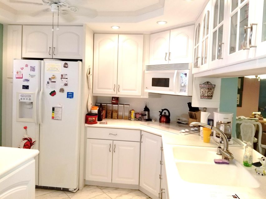 Co-op / Condo for Sale at 930 Dogwood Drive 930 Dogwood Drive Delray Beach, Florida 33483 United States