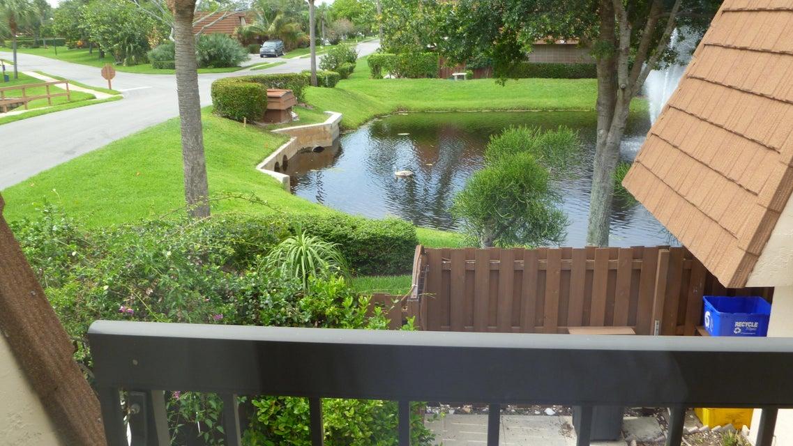 Additional photo for property listing at 825 Center Street 825 Center Street Jupiter, Florida 33458 United States