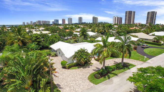 1180 Dolphin Rd, Singer Island, FL 33404