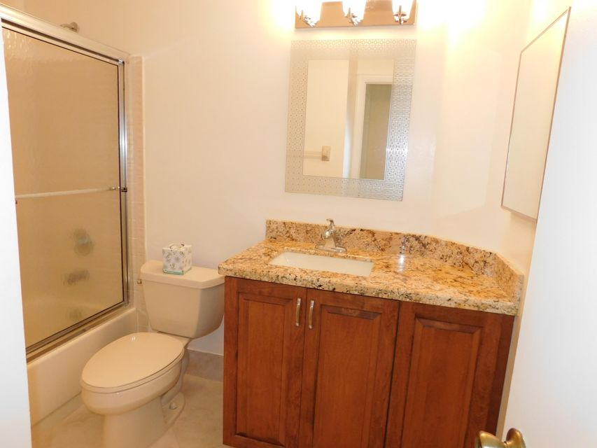5427 Verona Drive A Boynton Beach, FL 33437 small photo 30