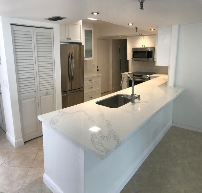 Co-op / Condo for Sale at 6500 NW 2nd Avenue 6500 NW 2nd Avenue Boca Raton, Florida 33487 United States