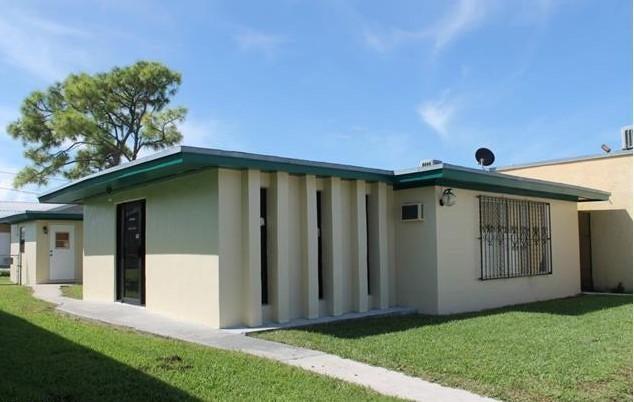 Comercial / Industrial por un Venta en 210 W Ventura Avenue 210 W Ventura Avenue Clewiston, Florida 33440 Estados Unidos