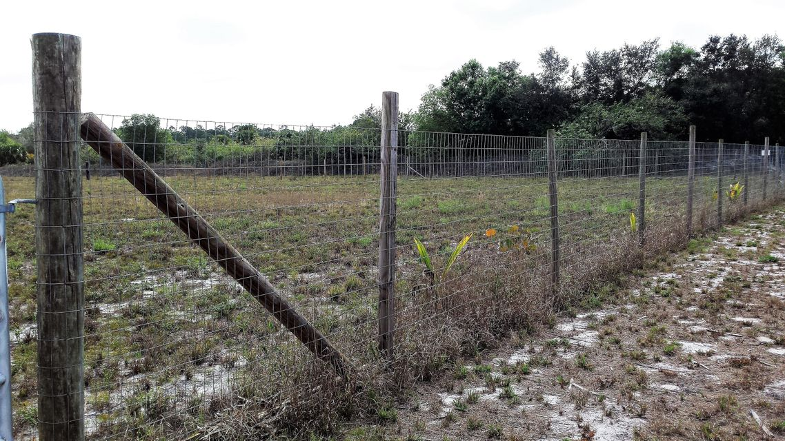 Agricultural Land por un Venta en 3725 Pioneer 3725 Pioneer Clewiston, Florida 33440 Estados Unidos