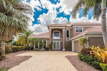 واحد منزل الأسرة للـ Sale في 125 Pembroke Drive 125 Pembroke Drive Palm Beach Gardens, Florida 33418 United States