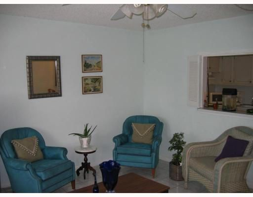 Co-op / Condo for Rent at 215 Sussex K 215 Sussex K West Palm Beach, Florida 33417 United States