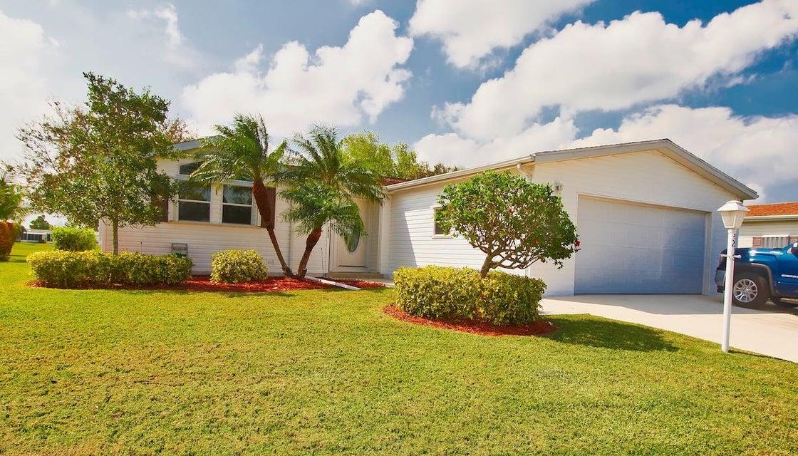 Móvil / Fabricado por un Venta en 3413 Crabapple Drive 3413 Crabapple Drive Port St. Lucie, Florida 34952 Estados Unidos