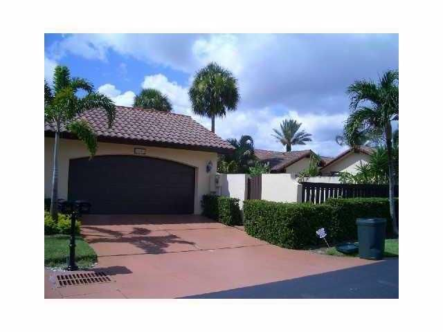 Villa for Rent at 21662 San Simeon Circle 21662 San Simeon Circle Boca Raton, Florida 33433 United States