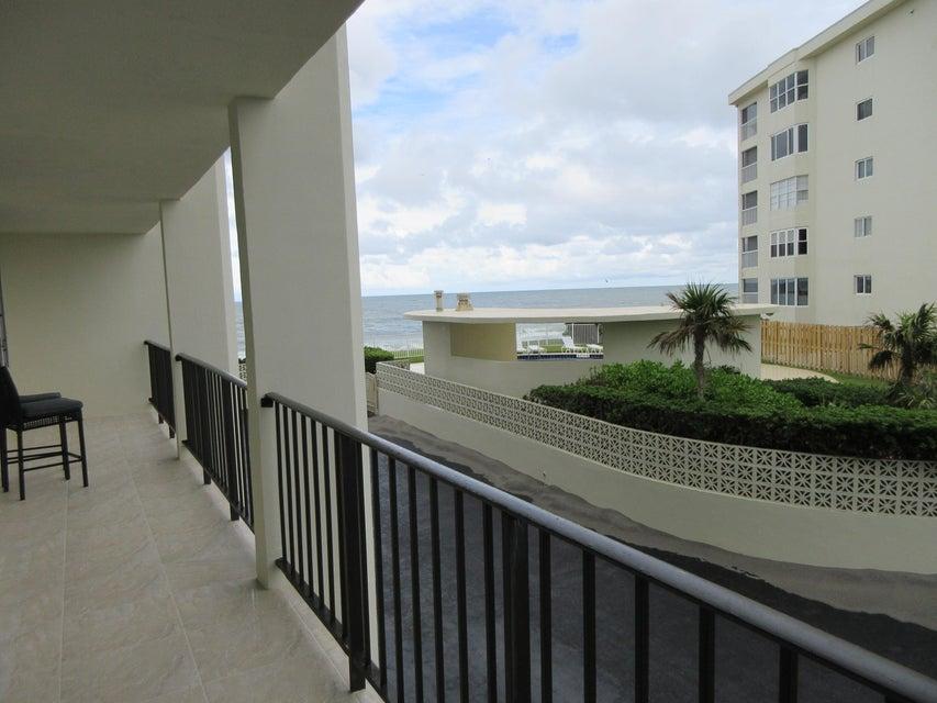 Cooperativa / condomínio para Locação às 300 Beach Road 300 Beach Road Tequesta, Florida 33469 Estados Unidos