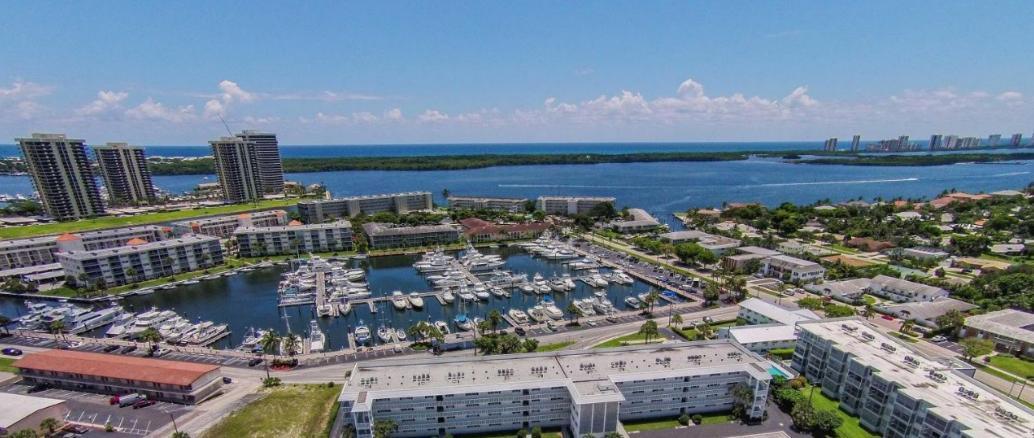 Co-op / Condo for Sale at 907 Marina Drive 907 Marina Drive North Palm Beach, Florida 33408 United States
