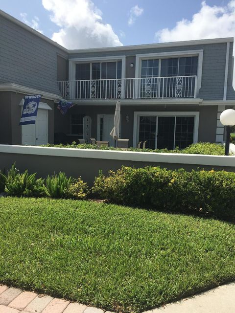 Townhouse for Sale at 802 Vision Terrace 802 Vision Terrace Palm Beach Gardens, Florida 33418 United States