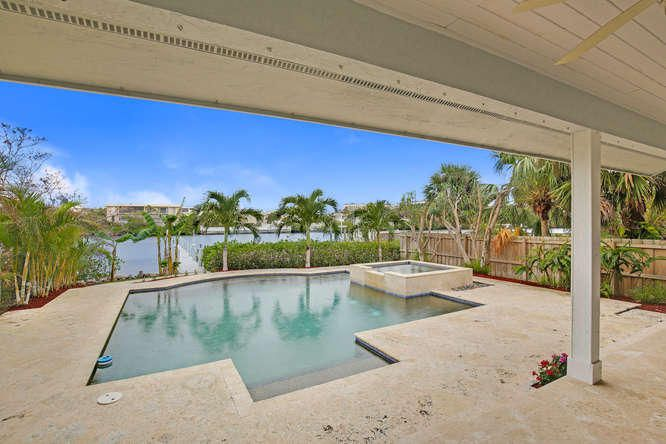 Additional photo for property listing at 414 N Atlantic Drive 414 N Atlantic Drive Lantana, Florida 33462 Vereinigte Staaten