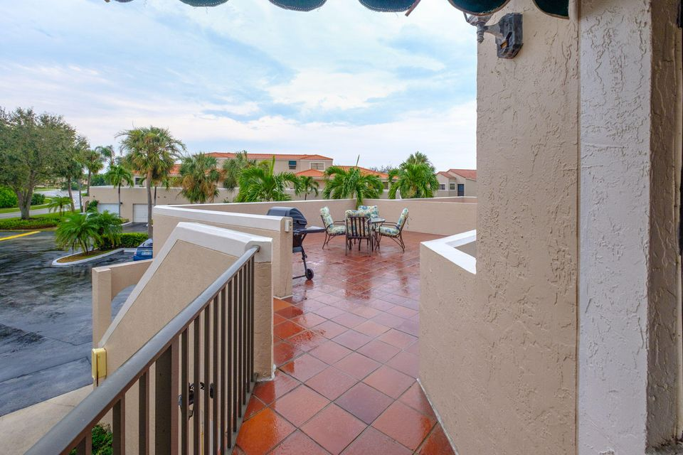 6670 Villa Sonrisa Drive 221 Boca Raton, FL 33433 photo 22