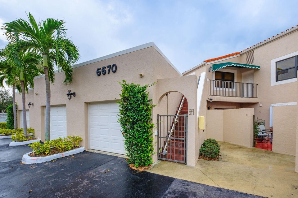6670 Villa Sonrisa Drive 221 Boca Raton, FL 33433 photo 27