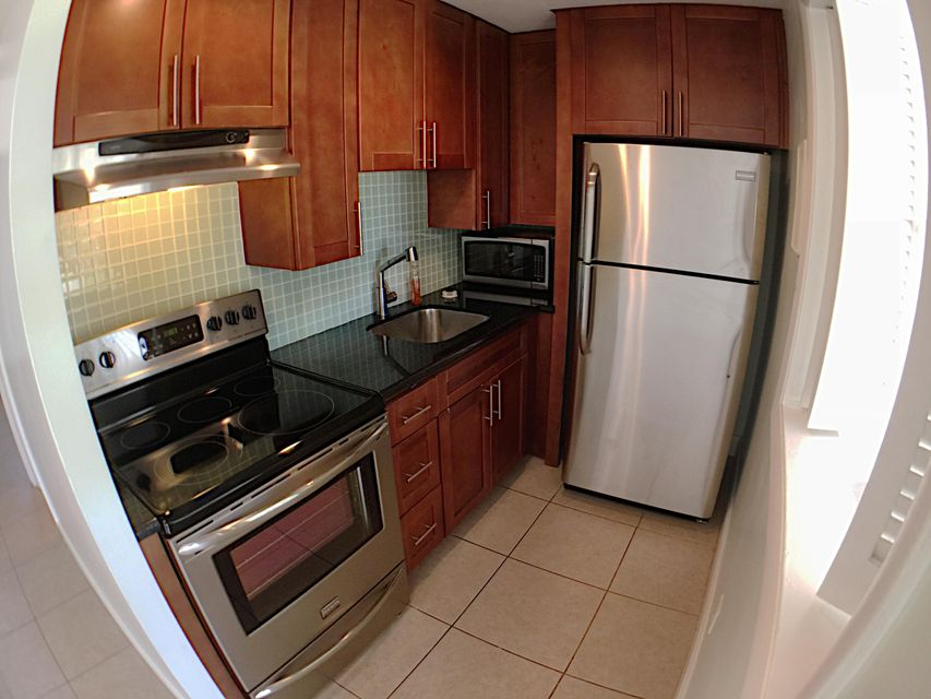 Co-op / Condo for Rent at 715 NW 30th Court 715 NW 30th Court Wilton Manors, Florida 33311 United States