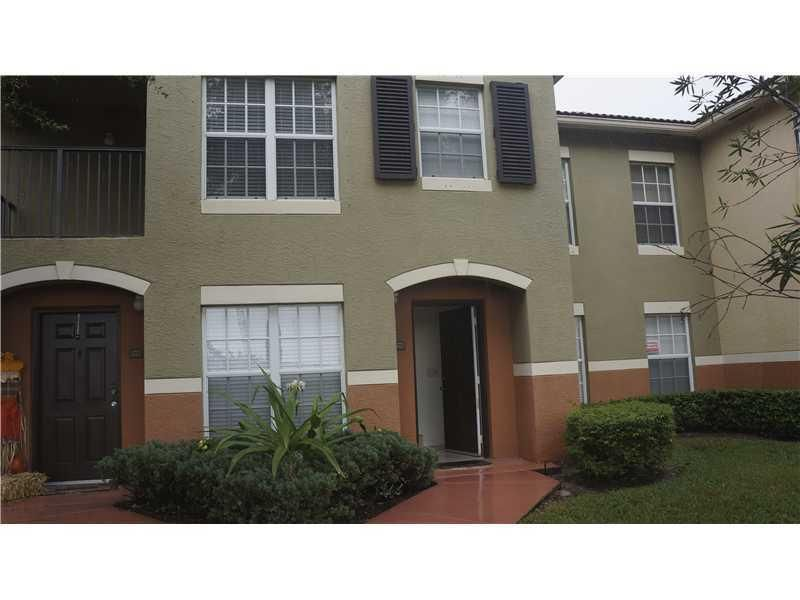 Co-op / Condo للـ Rent في 10312 S Fox Trail Road S 10312 S Fox Trail Road S Royal Palm Beach, Florida 33411 United States