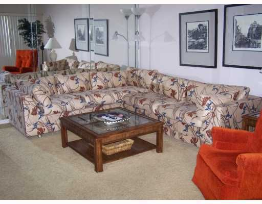 Coopérative / Condo pour l à louer à 117 Preston C 117 Preston C Boca Raton, Florida 33434 États-Unis