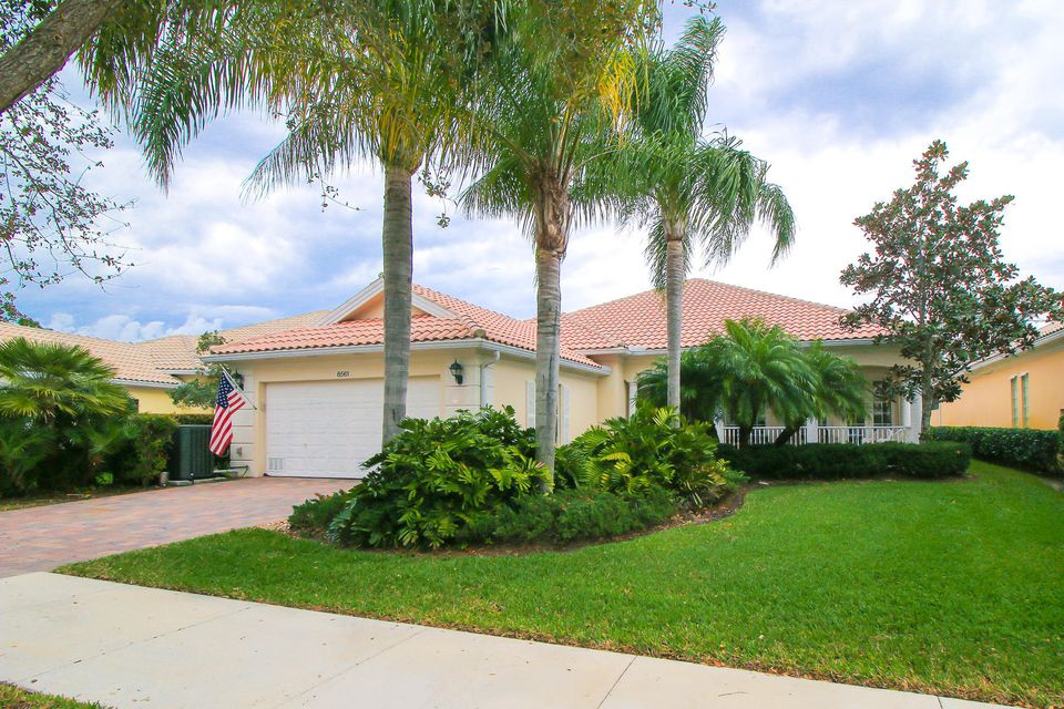 Single Family Home for Sale at 8561 SE Nicolete Lane 8561 SE Nicolete Lane Hobe Sound, Florida 33455 United States