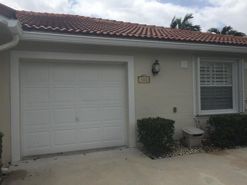 Villa für Verkauf beim 5100 N La Sedona Circle 5100 N La Sedona Circle Delray Beach, Florida 33484 Vereinigte Staaten