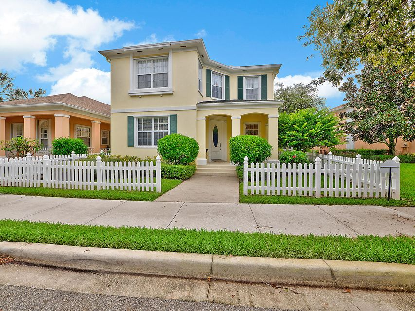 Single Family Home for Sale at 137 Waterford Drive 137 Waterford Drive Jupiter, Florida 33458 United States