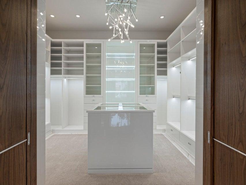 Additional photo for property listing at 160 Spyglass Lane 160 Spyglass Lane Jupiter, Florida 33477 United States
