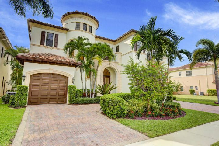 Single Family Home for Sale at 17799 Cadena Drive 17799 Cadena Drive Boca Raton, Florida 33496 United States
