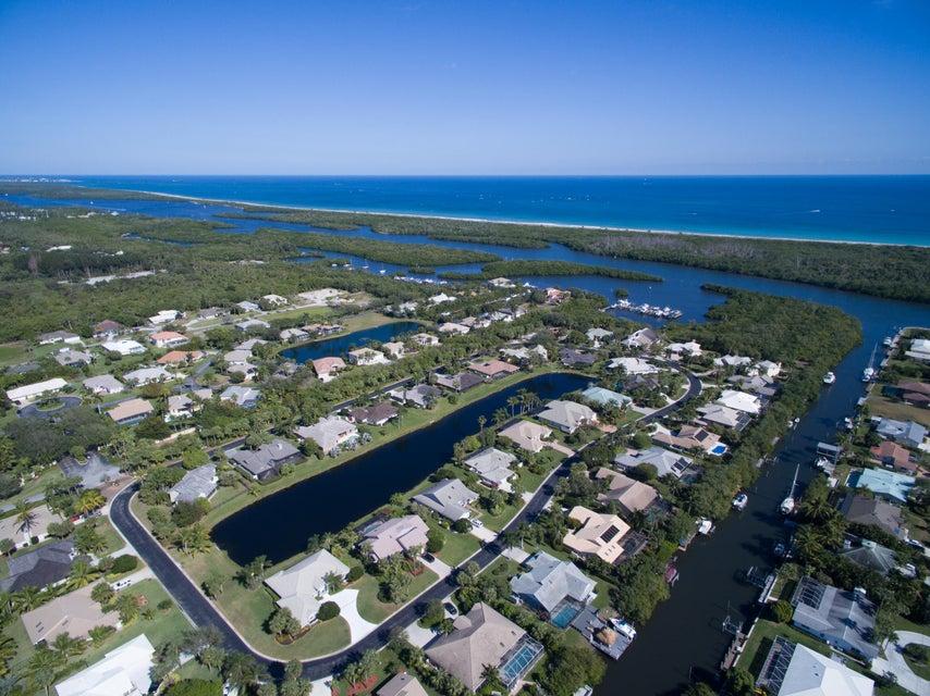 Additional photo for property listing at 8825 SE Marina Bay Drive 8825 SE Marina Bay Drive Hobe Sound, Флорида 33455 Соединенные Штаты