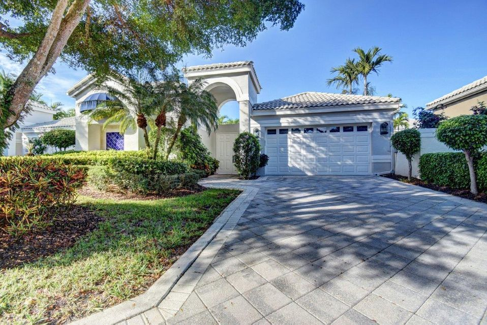 3549 Nw Clubside Circle