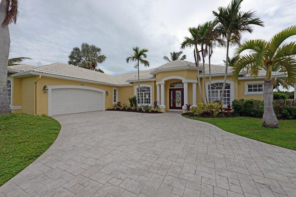 Single Family Home for Sale at 83 Aqua Ra Drive Jensen Beach, Florida 34957 United States