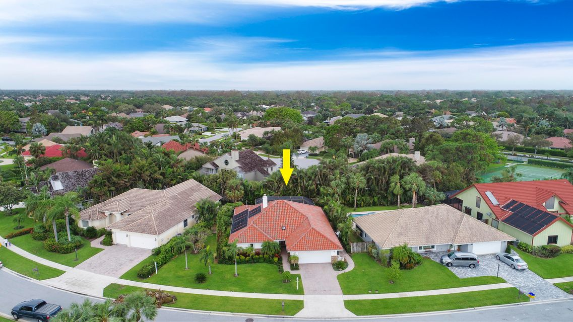 2763 Biarritz Drive , Palm Beach Gardens FL 33410 is listed for sale as MLS Listing RX-10370081 29 photos
