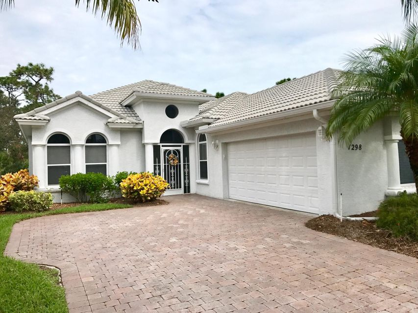 Additional photo for property listing at 1298 NW Mossy Oak Way 1298 NW Mossy Oak Way Jensen Beach, Florida 34957 United States