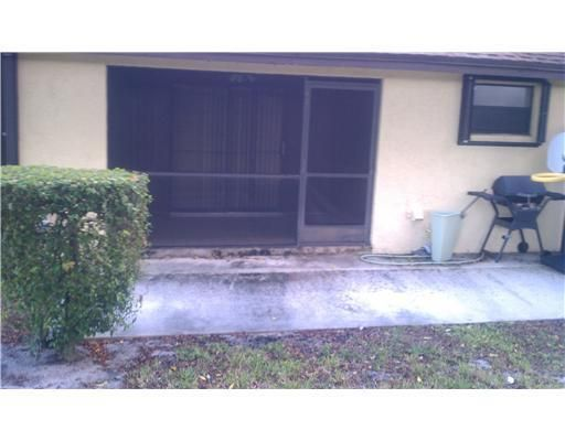 Additional photo for property listing at 112 ViA De Casas Norte 112 ViA De Casas Norte Boynton Beach, Florida 33426 United States