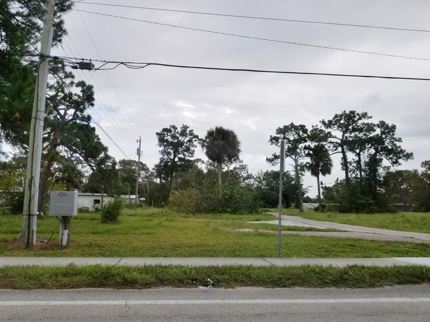 3550 SE Jack Avenue  Stuart FL 34997