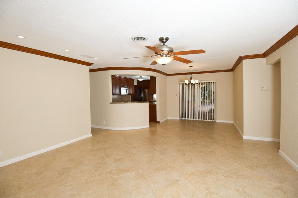 Additional photo for property listing at 1169 SW 14th Street 1169 SW 14th Street Boca Raton, Florida 33486 United States