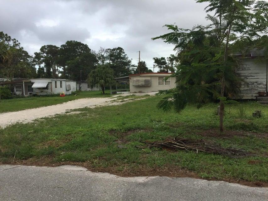 Additional photo for property listing at 5217 SE Isabelita Avenue  Stuart, Florida 34997 United States