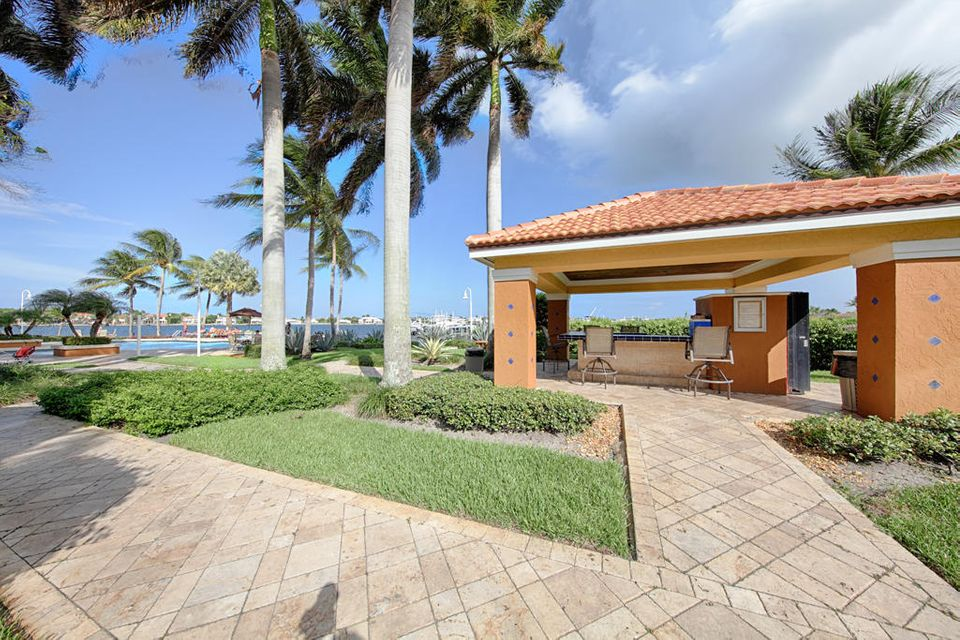 Additional photo for property listing at 117 Yacht Club Way 117 Yacht Club Way Hypoluxo, 佛罗里达州 33462 美国