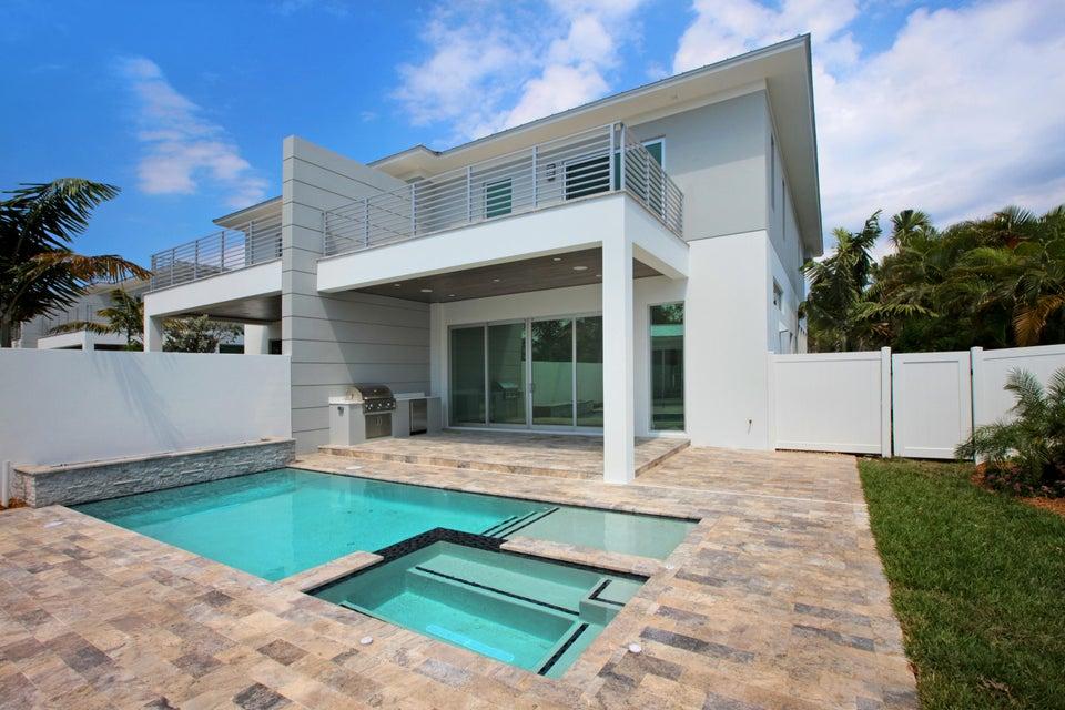 Th Avenue North Royal Palm Beach Fl