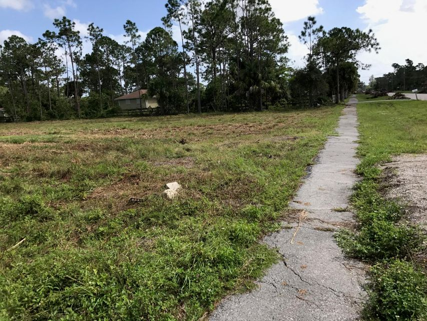 Additional photo for property listing at 11683 Tangerine Boulevard 11683 Tangerine Boulevard West Palm Beach, Florida 33412 United States