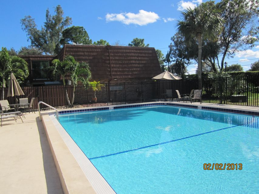 Additional photo for property listing at 1535 Masters Circle 1535 Masters Circle Delray Beach, Florida 33445 Vereinigte Staaten