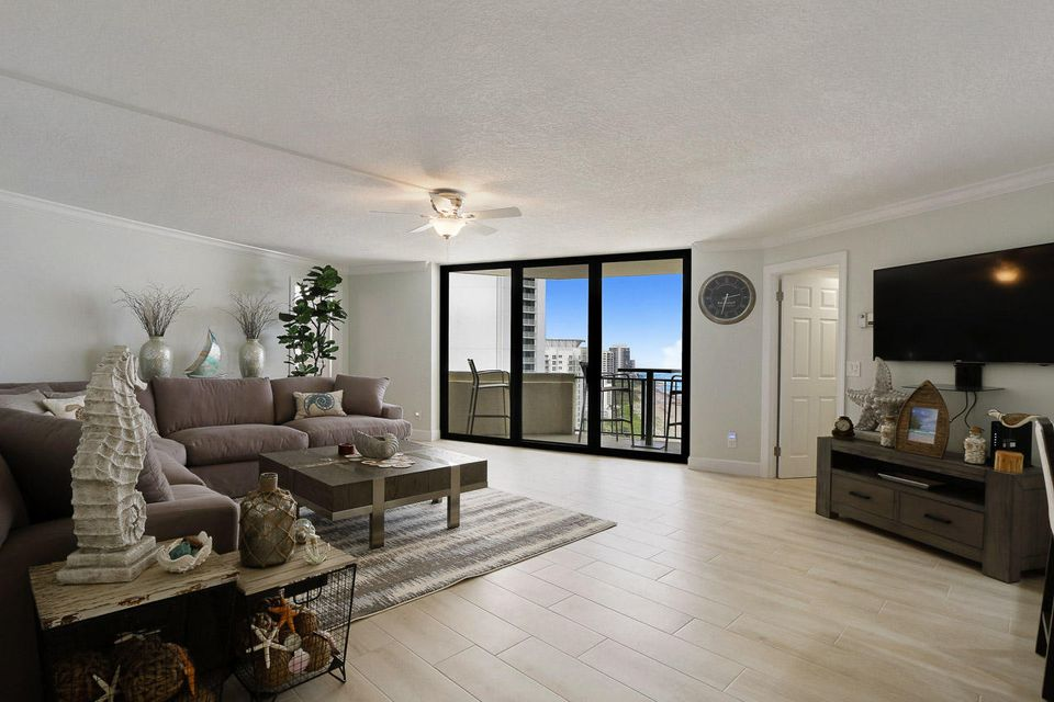 Additional photo for property listing at 2800 N Ocean Drive 2800 N Ocean Drive 辛格岛, 佛罗里达州 33404 美国
