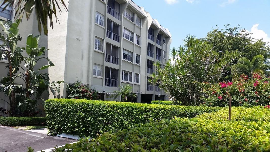 Cooperativa / condomínio para Locação às 505 Spencer Drive 505 Spencer Drive West Palm Beach, Florida 33409 Estados Unidos