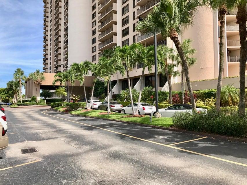 Co-op / Condo for Sale at 1800 NE 114th Street 1800 NE 114th Street Miami, Florida 33181 United States