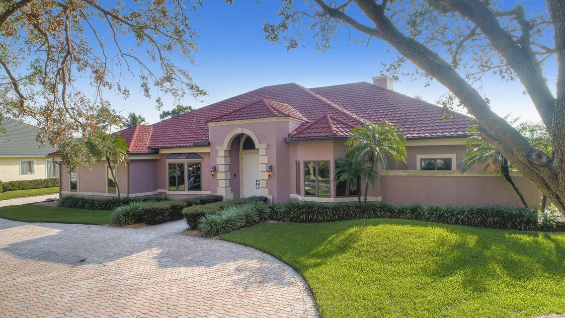 2670 Tecumseh Drive  West Palm Beach FL 33409