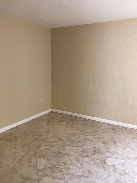 Additional photo for property listing at 775 Chase Road 775 Chase Road West Palm Beach, Florida 33415 United States