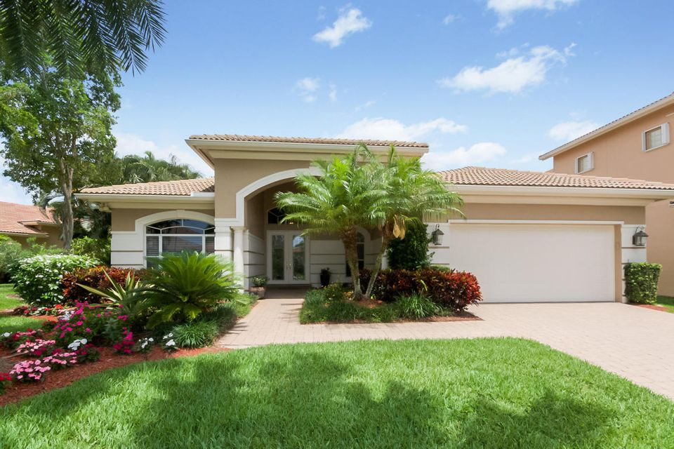 Mizner Country Club 8083 Laurel-ridge Court