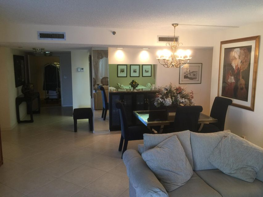 Additional photo for property listing at 3420 S Ocean Boulevard 3420 S Ocean Boulevard Highland Beach, Florida 33487 United States