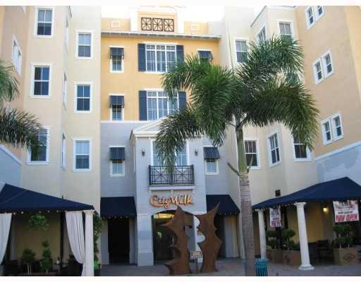 Co-op / Condo للـ Sale في 200 NE 2nd Avenue 200 NE 2nd Avenue Delray Beach, Florida 33444 United States