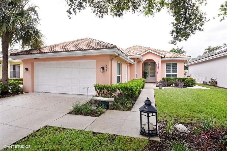 Additional photo for property listing at 138 Hampton Circle 138 Hampton Circle Jupiter, Florida 33458 Vereinigte Staaten
